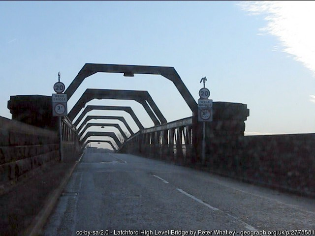 Latchford high Level Bridge geograph 2778581 by Peter Whatley