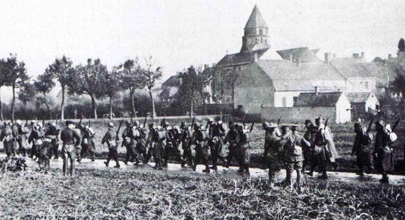 the church at Zonnebeck sometime in 1915 1917 Yesterday 23rd October 2014 a private in the 16th Bavarian Reserve Regiment named Adolf Hitler de trained at the occupied French city of Lille