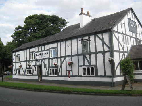Zoe Chaddock photo The Raven Inn circa 2013 small IMG 2099